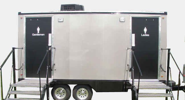 Mobile-Restroom-Trailer